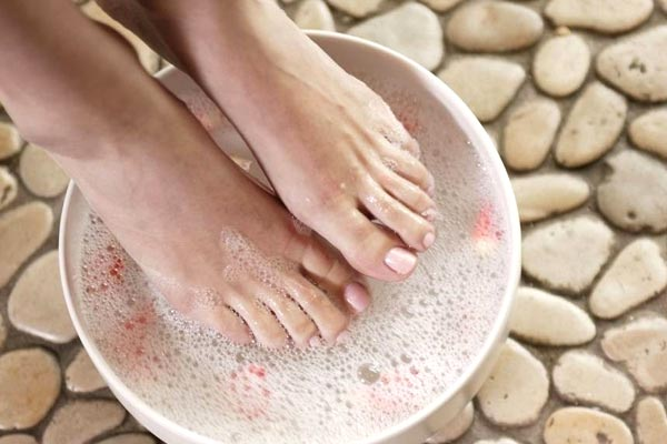 Magnesium bath for Restless legs syndrome